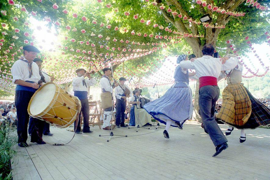 danses folkloriques